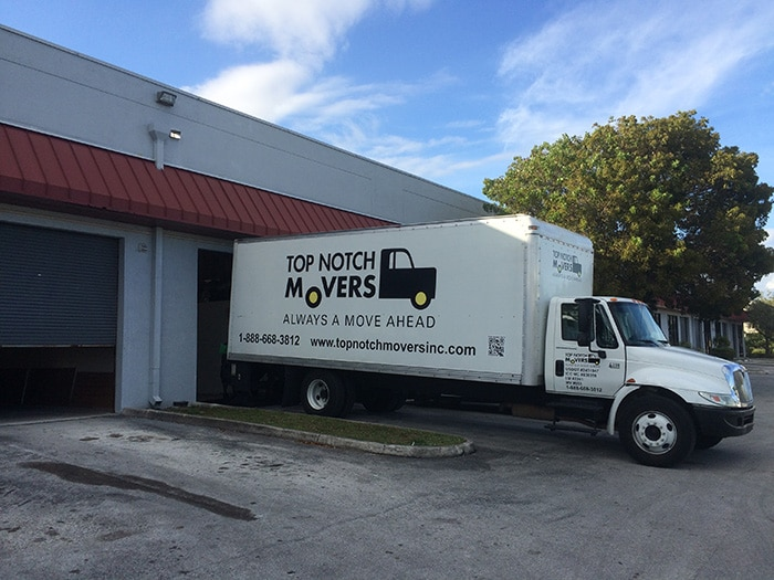 Top Notch Movers truck preparing for a Fort Lauderdale move to storage
