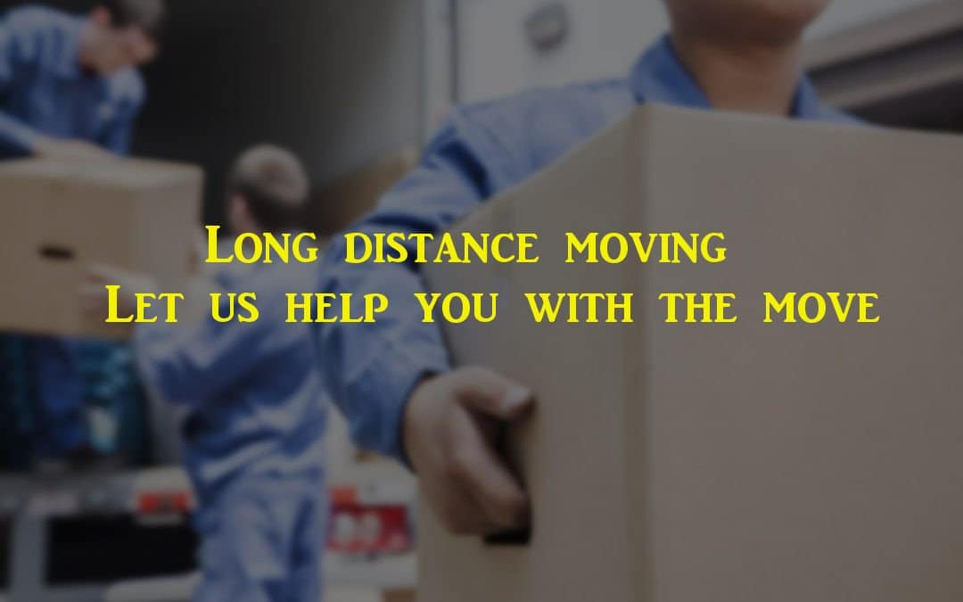 Long distance movers helping