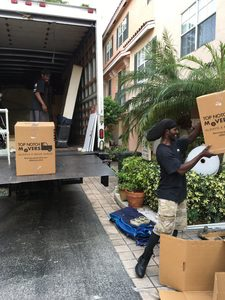 Best long distance moving company delivery