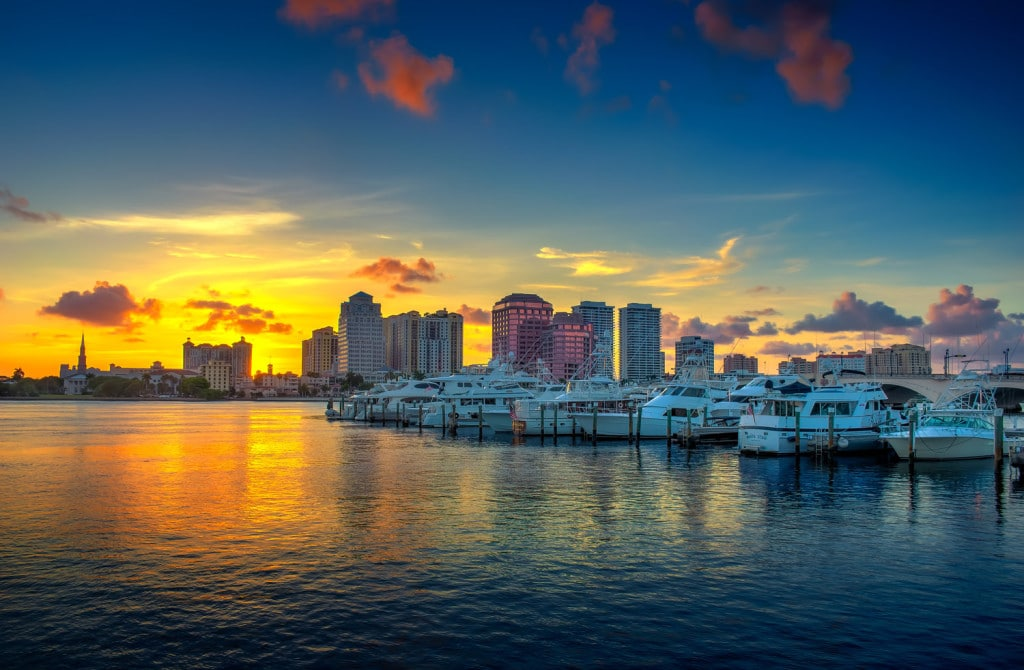 Palm Beach, view on downtown, boats and buildings. Hire Florida movers to get you there.