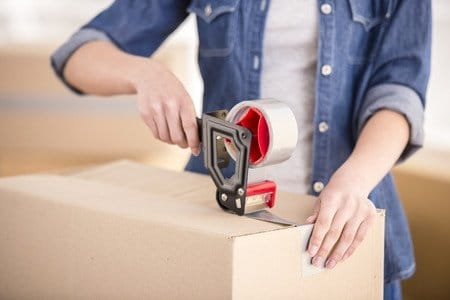 Taping the box, packing and moving tips