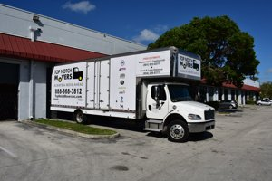One of our beautiful 28 ft trucks, for your local moves