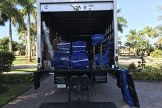 Unloading a truck, Fort Lauderdale Downtown.